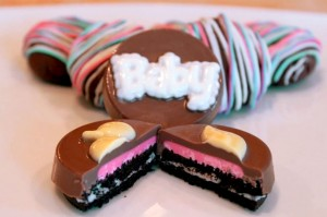 chocolate-dipped-oreo-baby-shower-treats